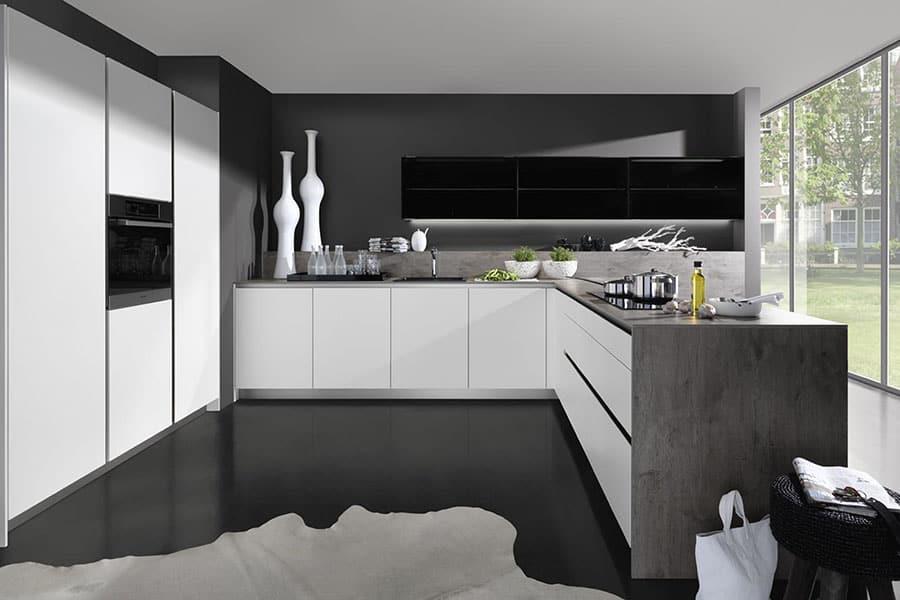 Küche grau weiß - Küchen am Hopfenmarkt - Beratung und Montage