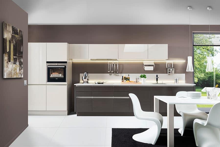 Küche weiß grau - Küchen am Hopfenmarkt - Beratung und Montage
